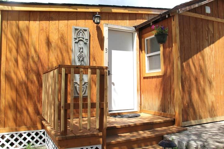 Yellowstone's Treasure Cabin #3 in Gardiner, MT