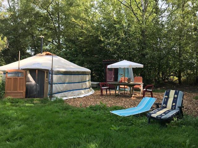 Sfeervolle yurt op rustige plek