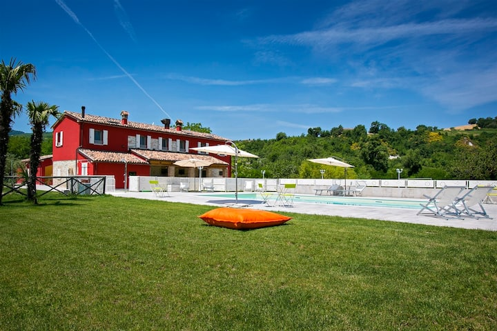 CASCINA MARIANNA 12+4, Emma Villas Exclusive
