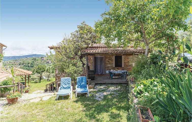 Holiday cottage with 2 bedrooms on 53m² in Castellabate SA