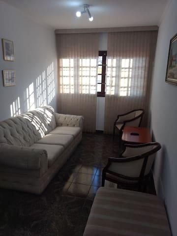 Apartamento 1 dormitório casal mobiliado