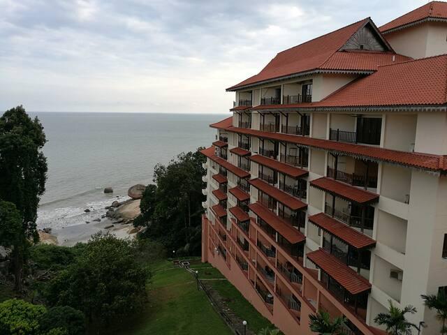 Private condo near beach-Kuantan Tembeling Resort