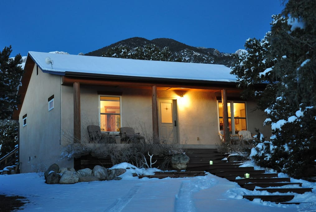 Starbright retreat house crestone houses for rent in for Building a home in colorado