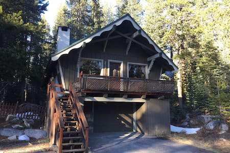 Donner Summit Chalet - Soda Springs - Dom