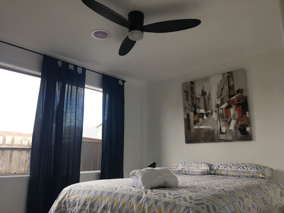 6 speed ceiling fan/light with remote control