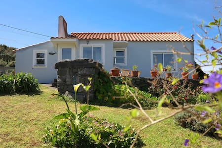 Casa da Paz - Quiet Refuge with Large Garden
