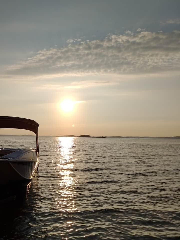 Baskatong sunset bord lac navigable plage privée