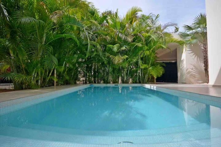 MODERN HOUSE - Private pool- 600 sq.m. FREE BIKE