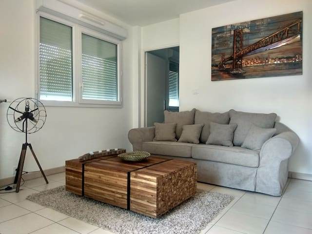 Nos meubles sont en bois teck