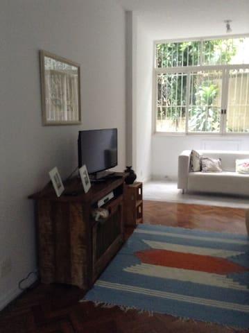 Charming flat in Jardim Botânico, Rio de Janeiro