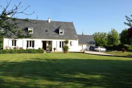 Maison cassine - Huis