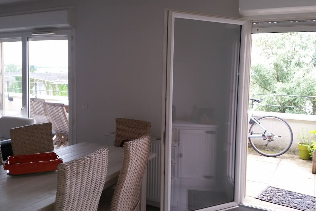 Appartement proche centre de bordeaux wohnungen zur for Appartement floirac