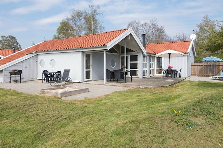 Picturesque Holiday Home in Ebeltoft with Sauna