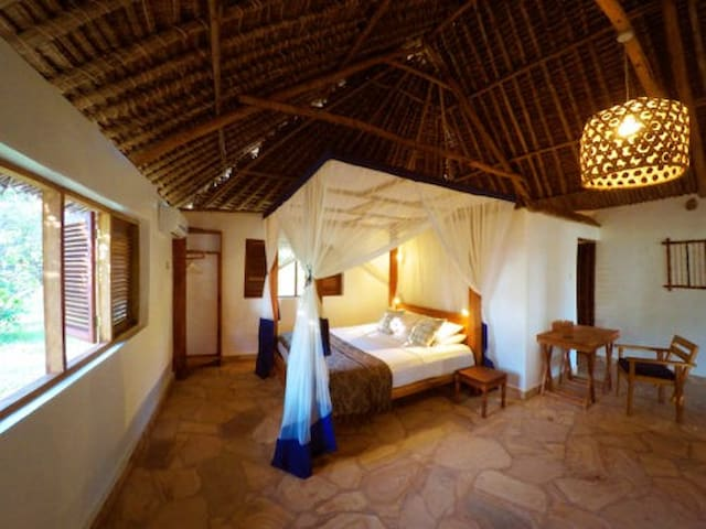 SUPERIOR GARDEN ROOMS at Manta Resort - TZ - Boetiekhotel