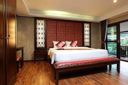 Green View Villa at Party Phi Phi! - Ao Nang - Villa