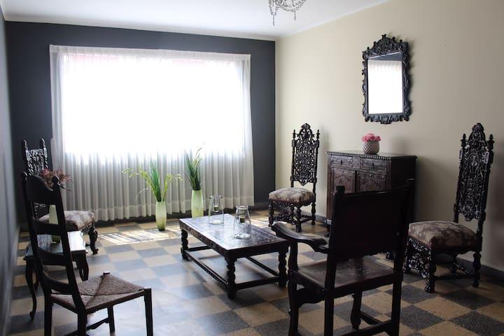Trujillo, City center apartment - Trujillo - Lejlighed