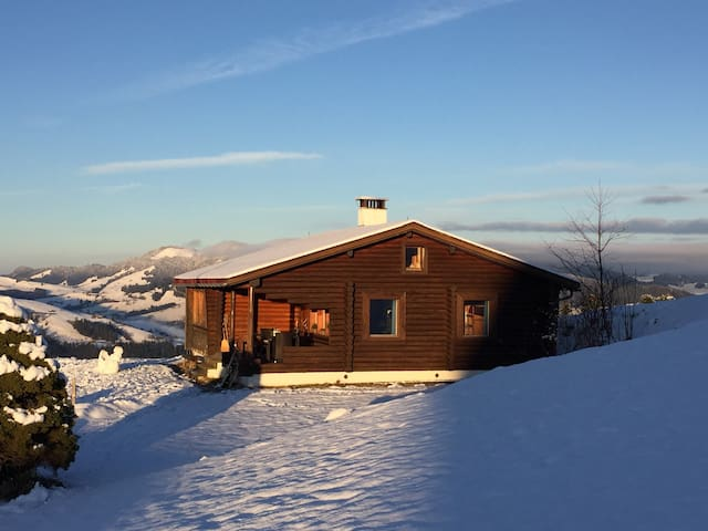 Blockhütte oberhalb Ebnat-Kappel - Ebnat-Kappel