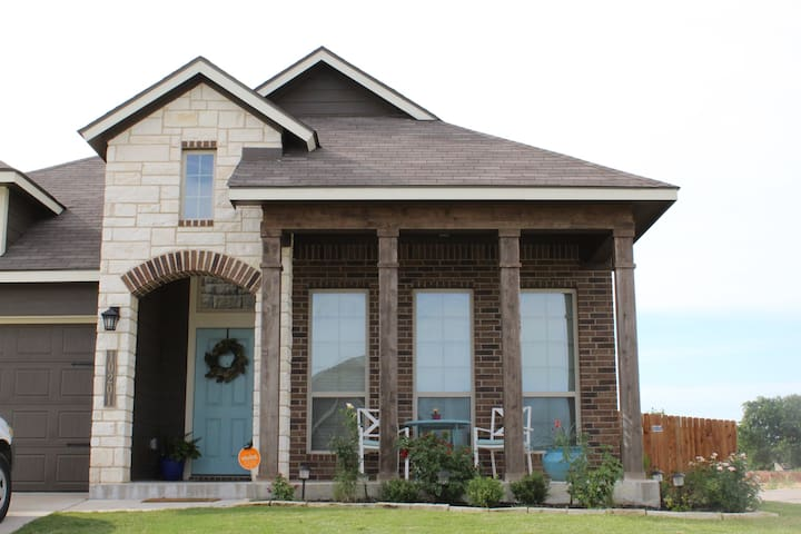 Waco Haven 15min to Magnolia/BU/Downtown-DEC SALE!