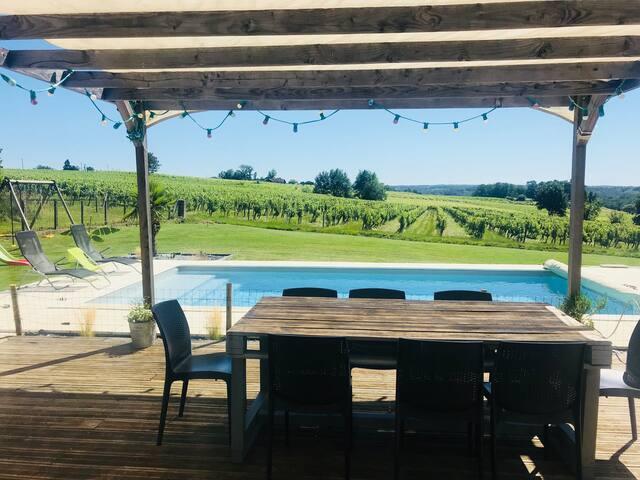 Grande villa moderne, familiale,piscine chauffée