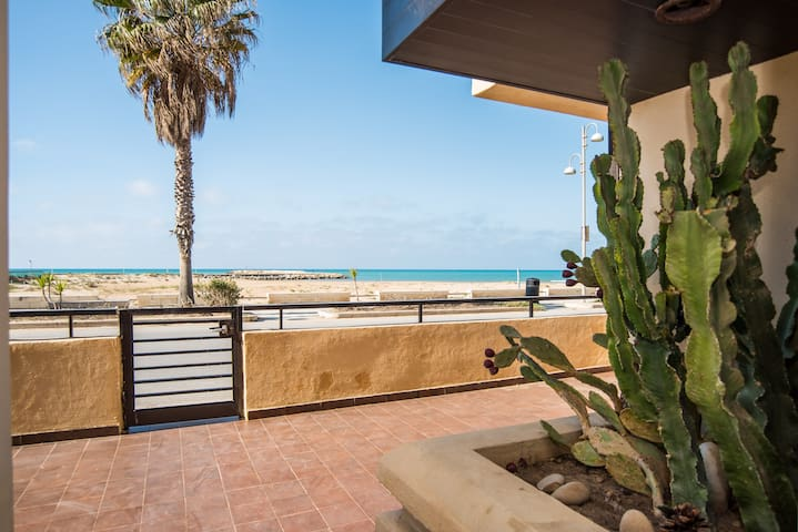 Apartment by the beach with garden - Donnalucata - Apartamento