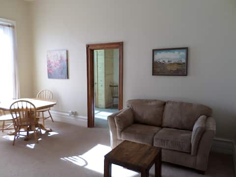 Grande Ave. One Bedroom Apartment