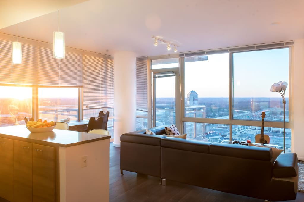 Glass walls with unobstructed view