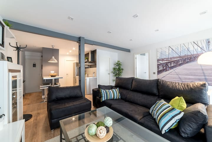 Moderno y tranquilo piso en pleno centro de Huelva - Huelva - Apartamento