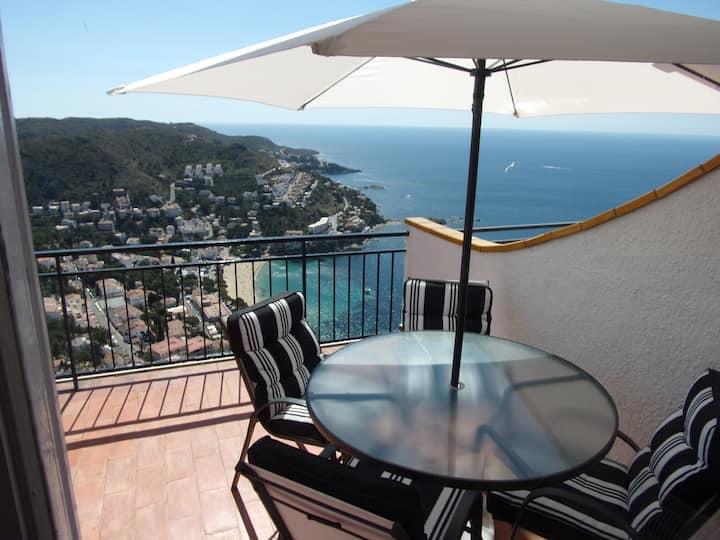 magnifique studio avec terrasse et vue panoramique