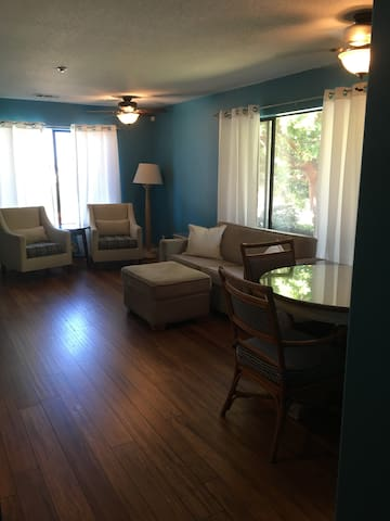2 Bed/1 Bath - Close to Pismo