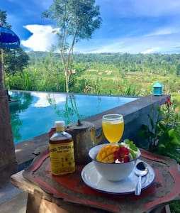Bali Waterfall Rustic Treehouse with pool and view - Sukasada - Treehouse