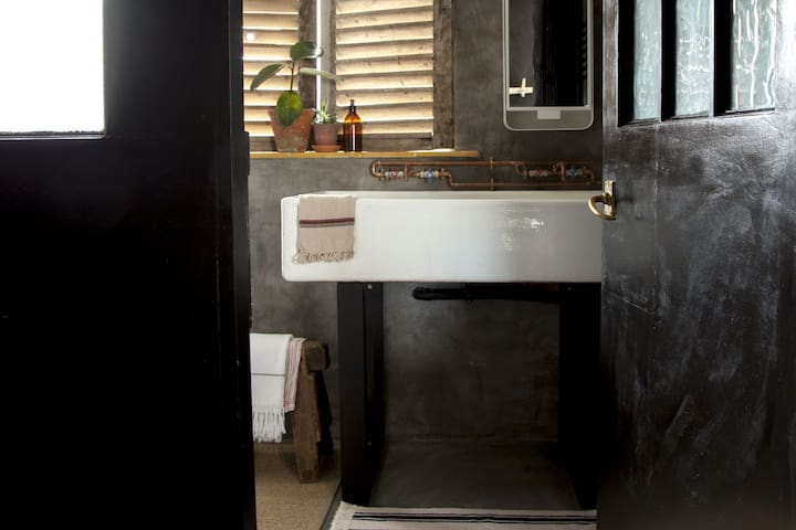 Large double butler sink in downstairs shower room