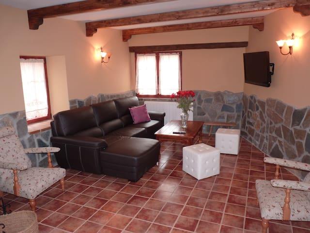 Casa Rural Casa de Siesta y Brisca - Manjabálago - Huis