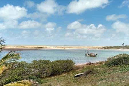 Suíte na belíssima Urussuquara: lazer em rio e mar