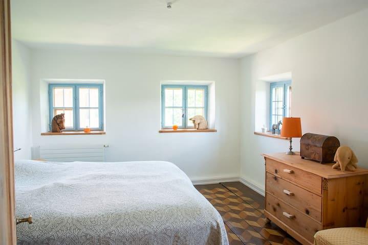 Upper floor - main bedroom