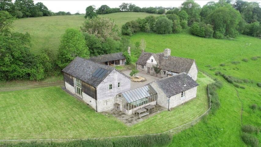 Cwm Pelved is a lovingly restored six property