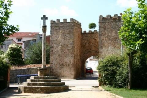 Apartamento Rural, Manzanera Teruel. Nuevo.