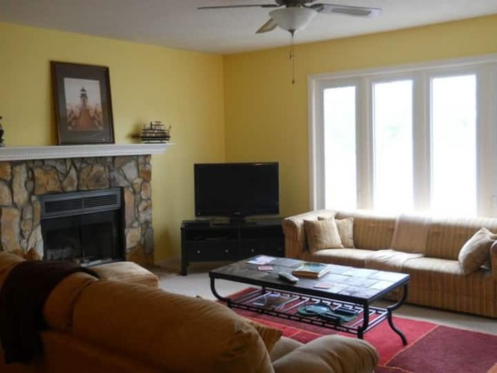 Captain's Quarters 3 BR 2 BA condo in Anderson, SC