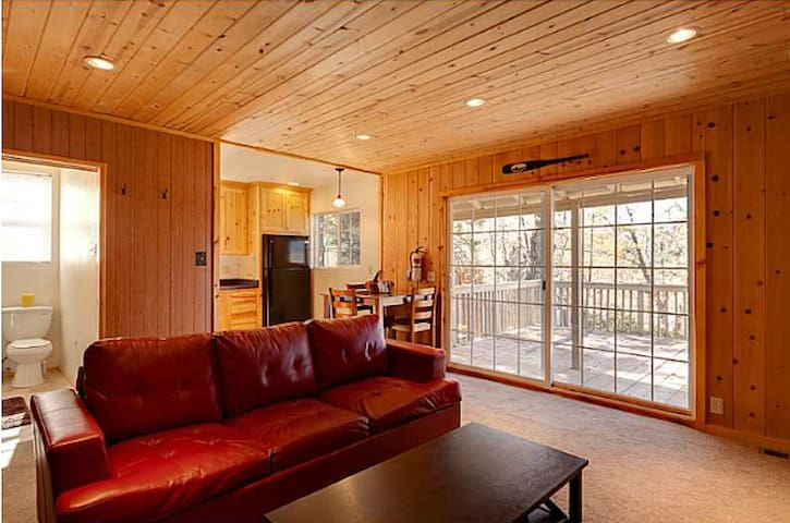 Cozy Cabin in Big Bear Lake - Big Bear Lake - Huis