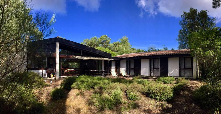 Villa au bord du lac de Lacanau, au calme