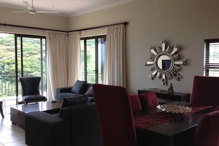 Lovely comfortable 3 Bedroom apartment - Westbrook - Apartamento