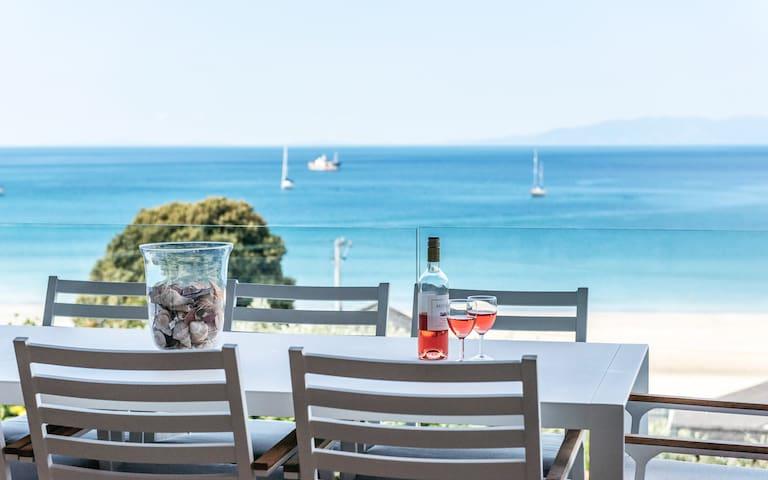 ONEROA BAY, WAIHEKE ISLAND | Be My Guest