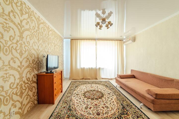 Apartments on Revolyutsiya 3room