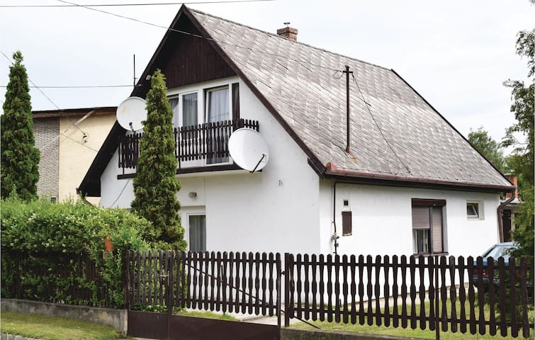 Holiday cottage with 3 bedrooms on 100m² in Balatonlelle