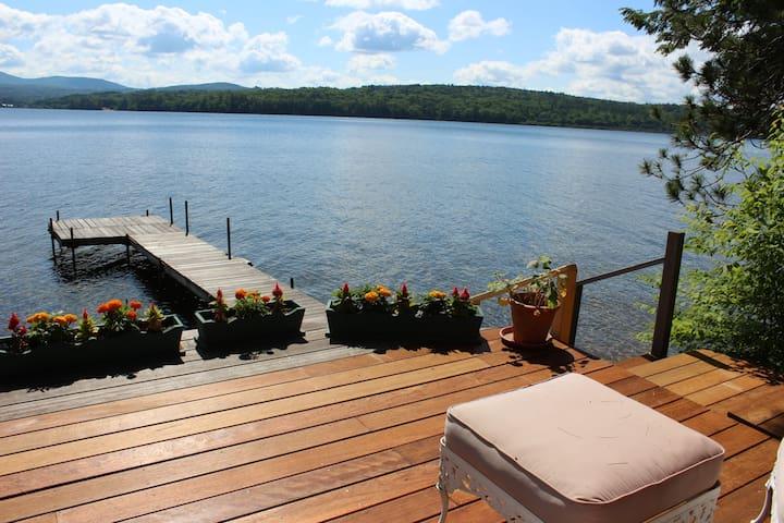 Incredible Views on Lake Winnisquam (HOL43W)