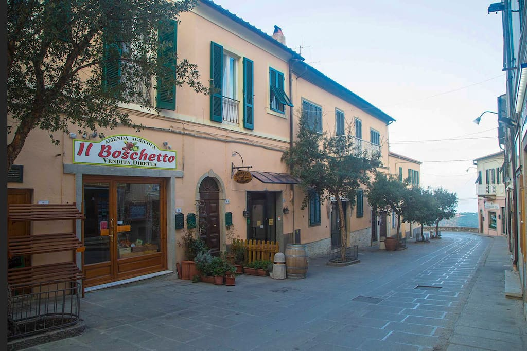 Via Mellini and the palace facade