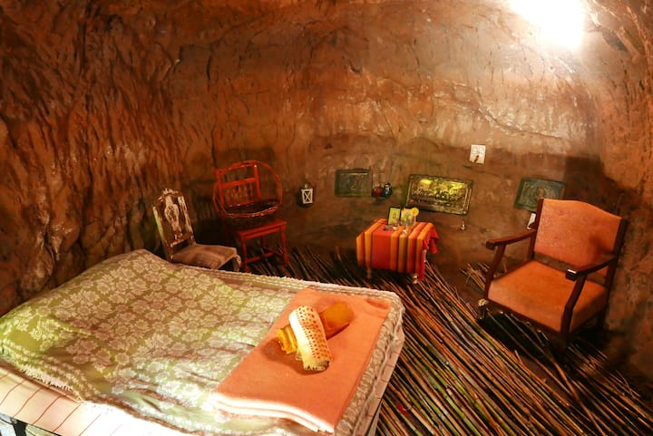 Soul Cave room at CaminoArtHostel, no electricity!