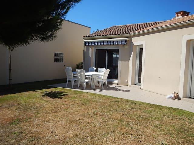 maison sur terrain de 600 m² proche mer et forêt - Saint-Vincent-sur-Jard - Rumah