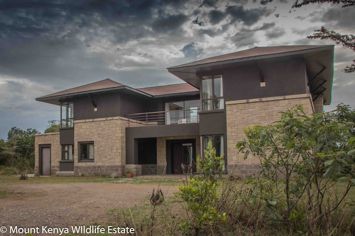 Villa in the Wild, Mount Kenya Wildlife Estate #64
