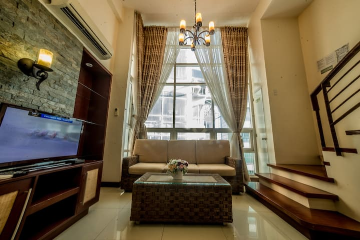 Ultima Residences 2 Bedroom Loft in City center