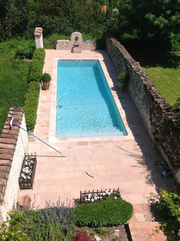 House with 2 bedrooms in Castelnau-Montratier, with shared pool, enclosed garden and WiFi